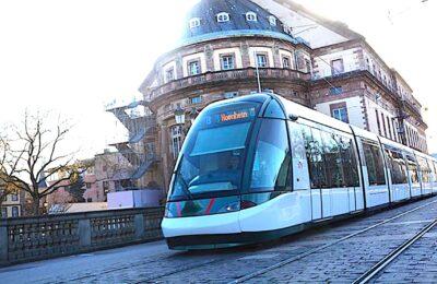 Avec des transports gratuits pour les voyageurs mineurs, Strasbourg veut prendre une mesure sociale.