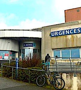 Vue de l'entrée des urgences hôpital de Dax