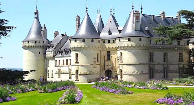 Les châteaux de la Loire fermés, donc sans visiteurs, deviennent très difficiles à entretenir.