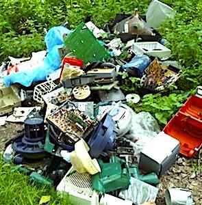 Sur le territoire, il existe deux polices distinctes pour gérer les dépôts de déchets, s'ils sont légaux ou illégaux.
