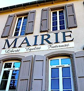 Aujourd'hui, un projet de rénovation urbaine du maire de Saint-Quentin-en-Yvelines fait polémique.
