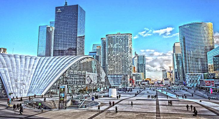 Une métamorphose de l'esplanade de La Défense commencera dès mars 2021.
