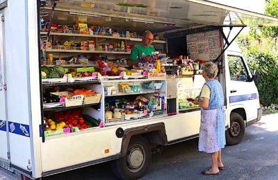 La renaissance des commerces ambulants satisfait une demande du monde rural.