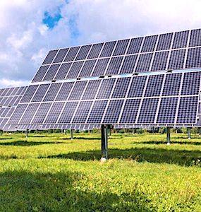 Bientôt, une ferme solaire en Essonne, installée à Marcoussis, sera la plus grande d'Ile-de-France.