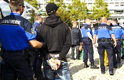 En voulant supprimer des aides sociales, la commune de Caudry veut sanctionner certaines familles récidivistes en matière de délits contre les forces de l'ordre.
