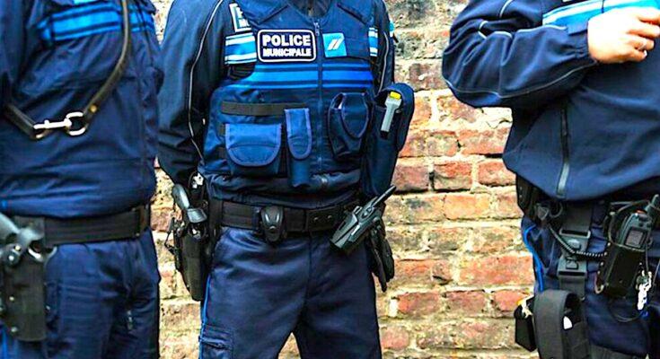 Des effectifs de police renforcés, c'est l'engagement que vient de prendre Emmanuel Macron