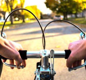 Un programme de livraisons, dites des derniers kilomètres, souvent faites à vélo, se lance dans le Val-de Marne.