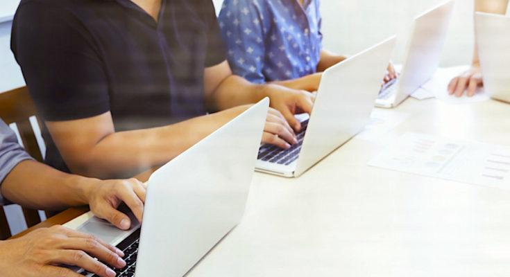 Conseillers numériques : une mise en place trop lente