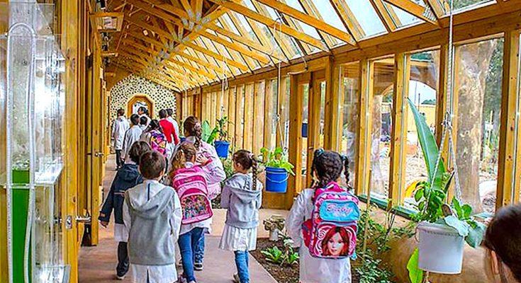 Une future école écologique à Mours, le groupe scolaire réhabilité grâce au Plan France Relance
