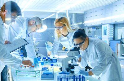 Pour relocaliser les produits pharmaceutiques en France, le Centre-Val de Loire se mobilise.