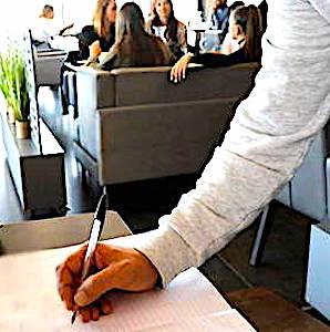 Les cahiers de rappels, dans les restaurants et les bars, devront respecter des règles précises sur les données privées.