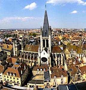 En tant que Smart city exemplaire, Dijon poursuit ses efforts numériques, pour améliorer son action publique.