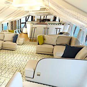 Bientôt, le retour des dirigeables dans le tourisme pourrait proposer une alternative à l'avion et au bateau.