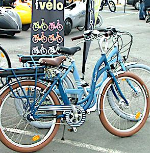Rouler à vélo à Nevers est un usage encouragé par la ville.