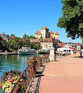 L'opération « Mobil'été » à Annecy a pour objectif une ville sans bouchons, à l'air plus pur.