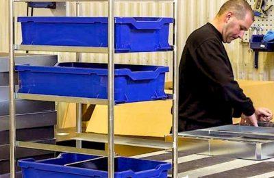 Les bacs de préparation sont des outils professionnels indispensables dans la production des bacs en plastique.