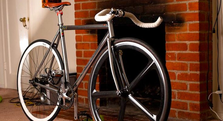 Le retour des vélos authentiques marque un renouveau des cycles artisanaux